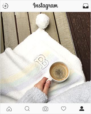 Hood Box gelato lap blanket