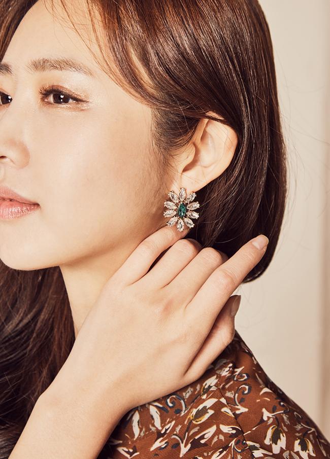(1FER049) Green Flower earring