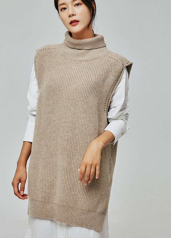 (2FVT003) Turtle Slit Knit Vest