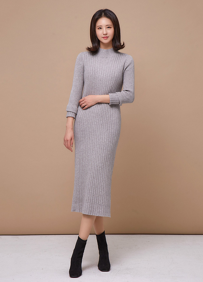 (3FOP128) cache string Knit One Piece