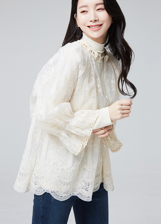 (2FBL031) layered Embroidery See-through look Blouse
