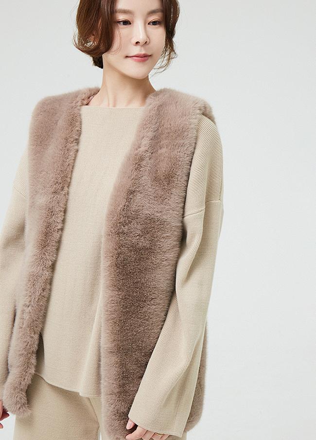 (2FVT033) Soft Fake Fur Vest