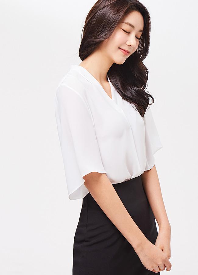(3SBL061) No collar Short-sleeve Blouse