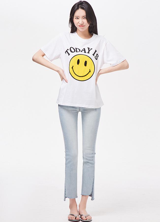 (3STT086) Smile Cotton Basic T-shirt