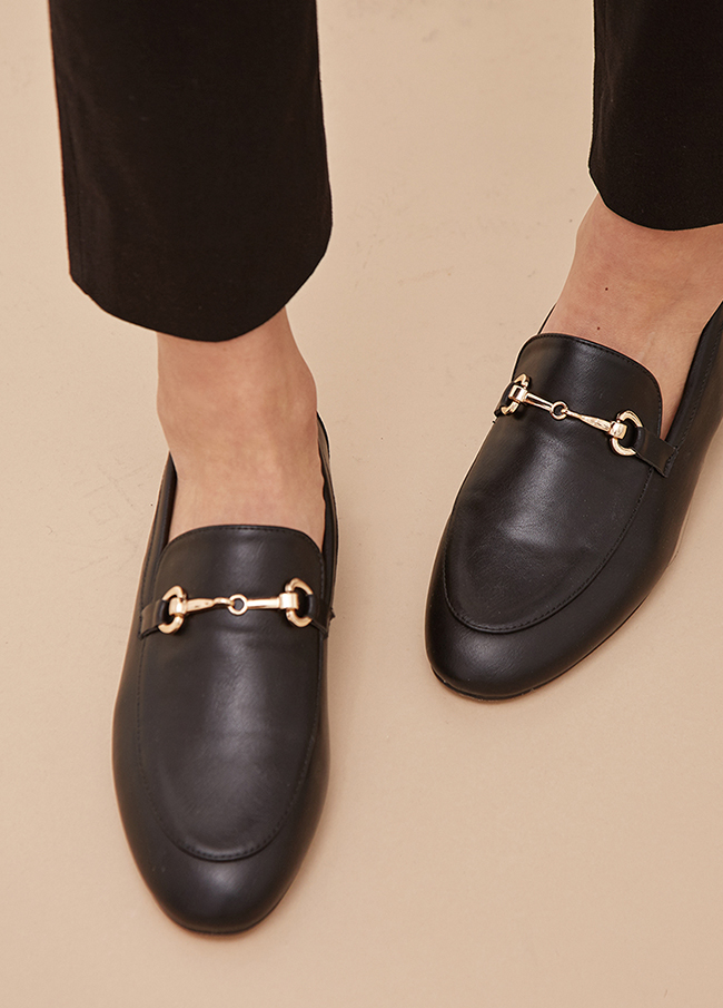 (4SSH050) 871 Black chain Loafers